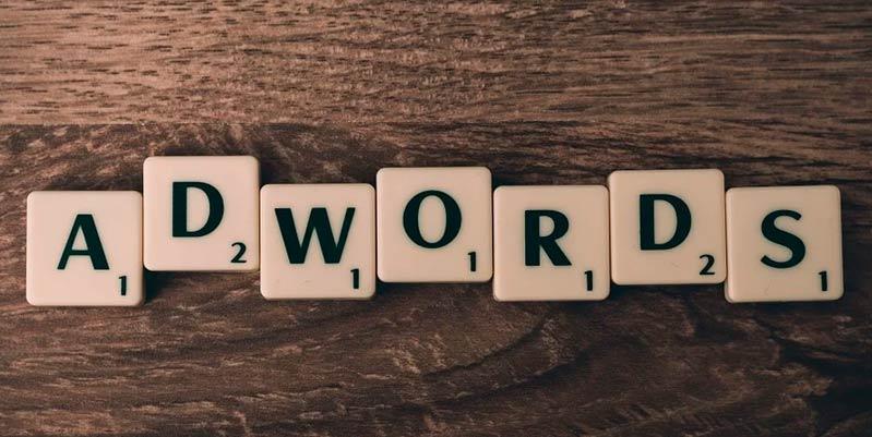 cuanto cuesta una campaña de google adwords